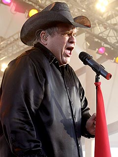 Meat Loaf Blames Rambling Speech on 'Vertigo'