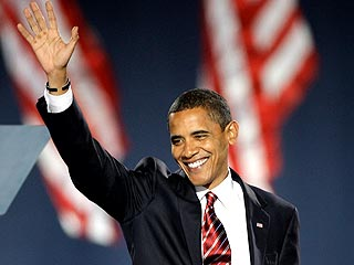 Barack Obama Claims Victory Before Huge Crowd in Chicago