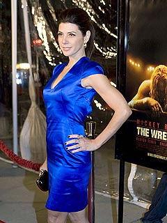 Marisa Tomei Finds Stripping 'Really Hard'