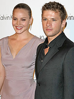 Abbie Cornish Discusses Early Romance with Ryan Phillippe