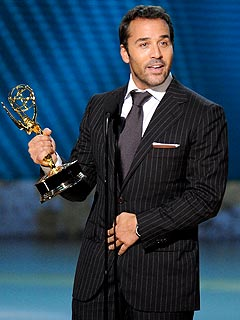 Jeremy Piven Pokes Fun at Emmys Opening