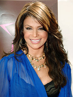 Paula Abdul & New Boyfriend Check Out a Concert