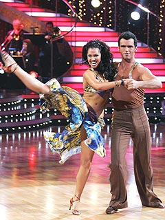 Injured Melissa Rycroft a No-Show on Monday's Dancing
