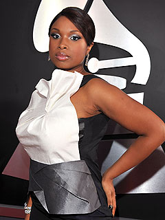Jennifer Hudson to Sing on Oprah Friday