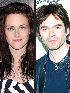 Twilight Actor 'Casts' the Sequel