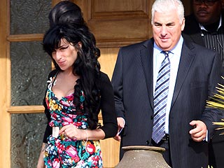 Amy Winehouse Pleads Not Guilty to Assault