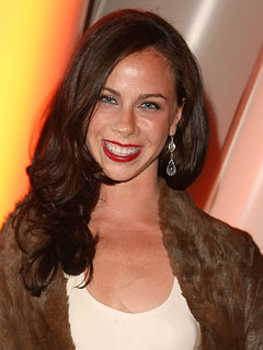 Source: Former First Daughter Barbara Bush Not Getting Married