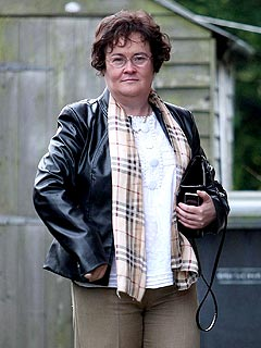 Susan Boyle Leaves the Hospital