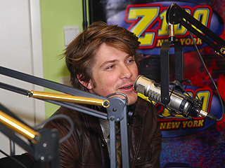 Taylor Hanson: My Wife Handles 'Craziness' of Four Kids