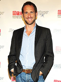 Josh Lucas Wants to Taste His Women, Not Text Them