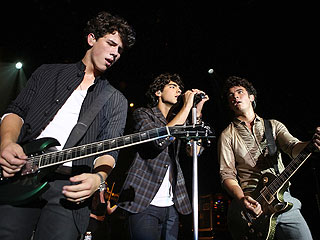 Jonas Brothers: We're Not Breaking Up