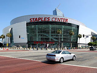 Michael Jackson Memorial May Be Held at Staples Center