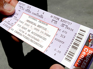PHOTO: A Ticket to the Star-Studded Memorial