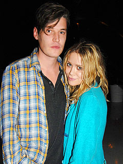 Mary-Kate Olsen Splits from Boyfriend