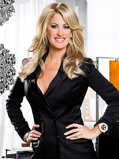 Atlanta Housewife Kim Zolciak Is an Aspiring Rapper