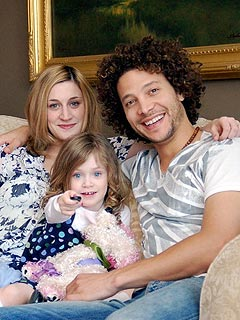 American Idol's Justin Guarini Marches Down the Aisle