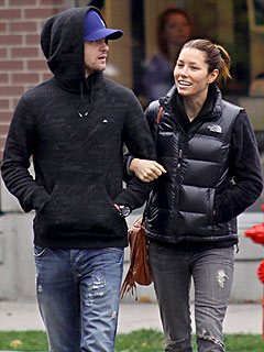 Jessica & Justin Spend Week Together in Vancouver