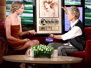 Taylor Swift Explains Her Kiss with Taylor Lautner – Sort Of