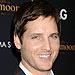How Peter Facinelli Solves His Christmas Dilemma
