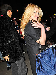 BUZZ: Jessica Simpson Dating Billy Corgan?