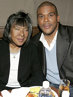 Tyler's Perry's Mom, Who Inspired Madea, Dies