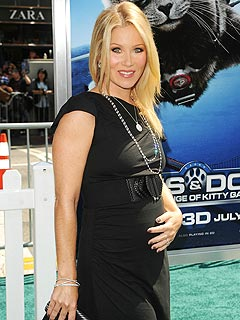 Christina Applegate to Be World's First Hippie, Type-A Mom