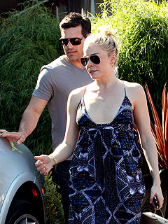 Couples Watch: LeAnn & Eddie's Flirty Lunch Date