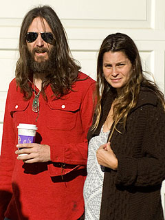 Black Crowes Singer Chris Robinson Welcomes a Daughter