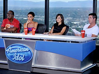 Victoria Beckham Takes the American Idol Hot Seat