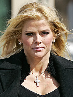 Nanny Recalls Anna Nicole Smith's Tragic Last Weeks