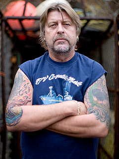 INSIDE STORY: The Brave Last Days of Deadliest Catch's Capt. Phil Harris