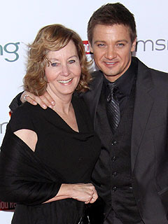 Jeremy Renner's Oscar Date? His Mom!