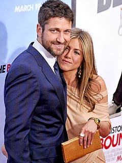 Jennifer Aniston and Gerard Butler Take a Cozy Parisian Cruise
