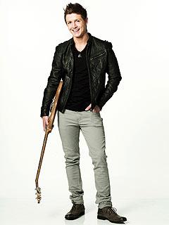 Idol Cast-Off Alex Lambert Nabs WebSeries