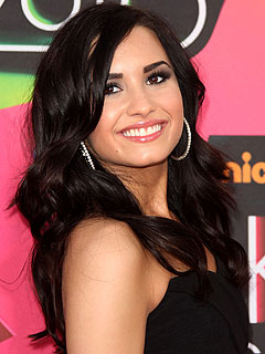 Demi Lovato 'Thrilled' to Appear on Grey's Anatomy
