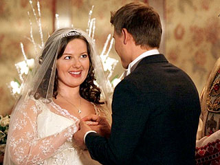 Gossip Girl: Inside Dorota's Shotgun Wedding