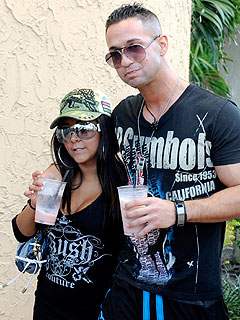 The Cast of Jersey Shore Hits South Beach