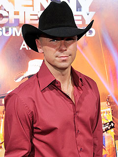 Kenny Chesney Welcomes Vacation Ideas