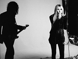 Taylor Momsen's Band Shoots a Video for Kick-Ass