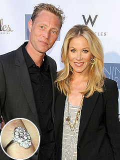 PHOTO: Christina Applegate Flashes Diamond Ring