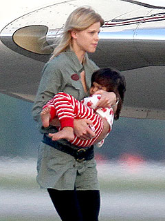 Elin Nordegren Takes The Kids to China – Briefly