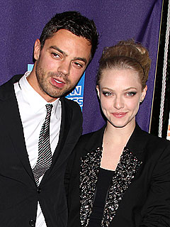 Amanda Seyfried & Boyfriend 'Taking a Break'