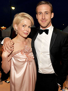 Ryan Gosling and Michelle Williams (Coyly) Deny They&#39;re Dating