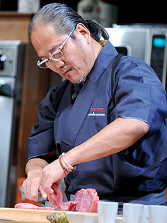 Masaharu Morimoto Recovers from Surgery on Broken Wrist