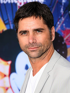 John Stamos Doesn't Want to Replace Charlie Sheen