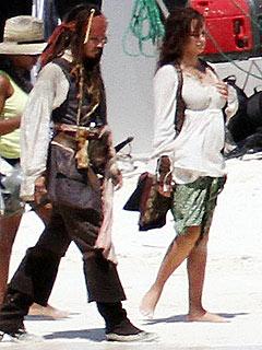 Penélope Cruz Is 4½-Months Pregnant