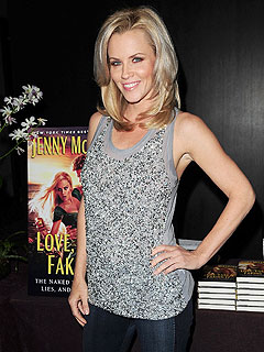 Jenny McCarthy Is Looking for a Guy to Smooch on New Year's