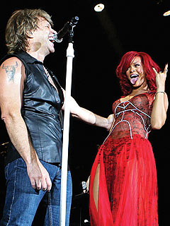 Rihanna Performs with Bon Jovi in Madrid, MTV EMA