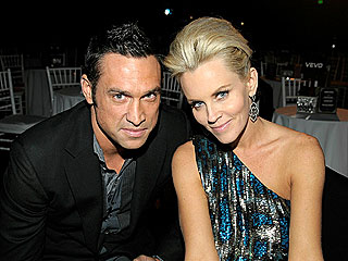 Jenny McCarthy Is Single Again
