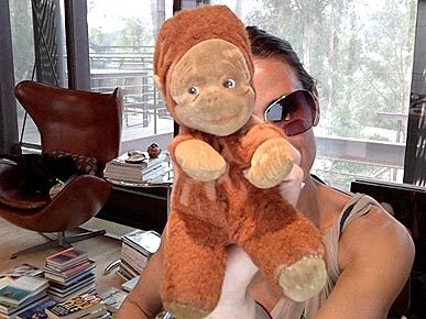 Demi Moore's Flea Market Find? A Vintage Stuffed Monkey!